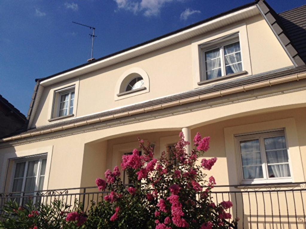 Immobilier aulnay sous bois a vendre vente acheter for Tour a bois maison