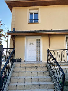 Tremblay en france - Bois Saint Denis - Duplex 3 piéces 65m²
